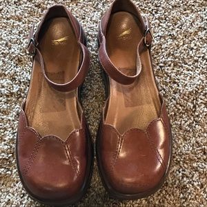 Dansko brown leather scalloped Mary Jane size 38